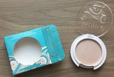 Ipsy Review – January 2015 Pacifica Pacifica Natural Mineral Coconut Eye Shadow in Ethereal – Value $5?
