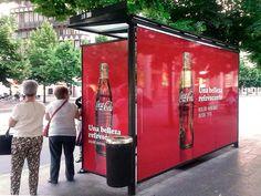 Del vinilo a los mupis: los costes de la publicidad exterior en España