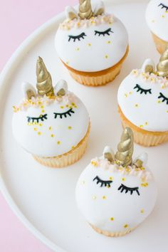 How to make these gorgeous fondant unicorn cupcakes!