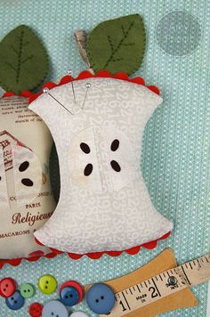 Sizzix: Die Cutting Inspiration and Tips: Die Cutting Fabric: Apple Core Pincushion
