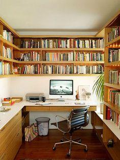 Home Office with Book Shelves!!! #escritorio #homeoffice