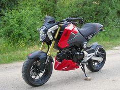 French mod: i dig it! Honda Grom, Grom Bike, Cb 500, Harley D, Mini Bike, Gremlins, New Toys, Bobber, Motocross
