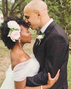 Take notes from this bride, who pinned back her curls with an ethereal fresh floral headpiece. It perfectly matches her gauzy off-the-shoulder sleeves. Bridal Hairdo, Hairdo Wedding, Wedding Hairstyles, Cool Hairstyles, Hairstyle Ideas, Bride Flowers, Wedding Hair Flowers, Flowers In Hair, Fresh Flowers