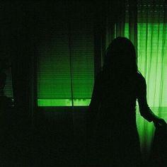 ◍iт'ѕ noт тнe world тнaт'ѕ crυel, iт'ѕ тнe people in iт◍ aesthetic ~green~