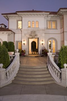 Exterior of new home in the Rolling Green neighborhood of Edina, MN mediterranean exterior For Mediterranean villa Exterior Stairs, Patio Stairs, Mediterranean Style Homes, Mediterranean Architecture, Colonial Architecture, House Design Photos, Tuscan House, Tuscan Style, Home Photo