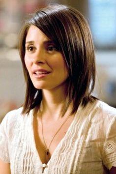 Shiri Appleby's shoulder length hair.