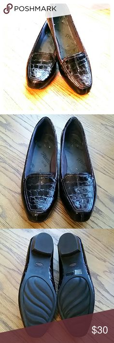 SALE Deep burgundy Clark's loafers Deep Brown/ burgundy Clark's loafers, crocodile pattern.. Clark's Shoes Flats & Loafers