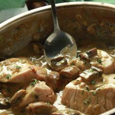 Κοτόπουλο σοτέ με μουστάρδα και μανιτάρια