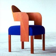 François Bauchet - Comme si MEMPHIS avait intėgrė les leçons du Bauhaus au lieu de les rejeter