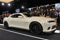 Barrett-Jackson 2014: First production 2014 Chevy Camaro Z/28 earns $650k for charity [w/video]. http://aol.it/1bpQ3CU