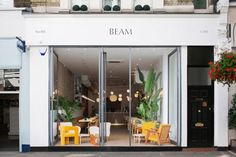 Beam is nestled amongst a parade of shops in the affluent Notting Hill neighbourhood and serves up a menu of Mediterranean-inspired brunch dishes.
