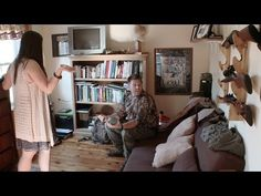 Couple clashes over taxidermy vs. flowers - Your Place is a Deal Breaker video