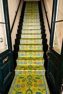 Amazing painted staircase runner.  Hard to believe it's not a real rug!