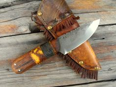 vintage style frontier trail knife
