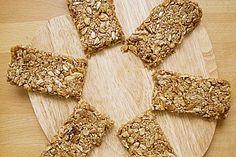 Müsliriegel, ein gutes Rezept aus der Kategorie Kekse & Plätzchen. Bewertungen: 42. Durchschnitt: Ø 4,2.