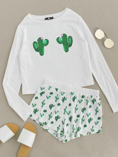 Online shopping for Cactus Print Tee And Shorts Pajama Set from a great selection of women's fashion clothing & more at MakeMeChic. Cactus Print Tee And Shorts Pajama Set Pajama Outfits, Lazy Outfits, Pajama Shorts, Summer Outfits, Casual Outfits, Yoga Shorts, Summer Shorts, Nike Shorts, Jean Shorts