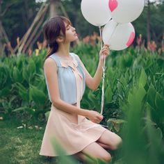 Korean fashion sweet bow spell color round neck chiffon shirt