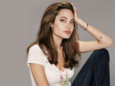 Newsgur España - Share your voice!: Angelina Jolie vuelve a bajar de peso