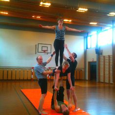 Akrobatik - vo intet vover...