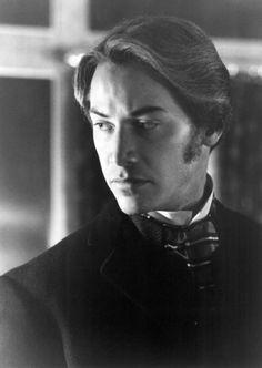Jonathan Harker from Bram Stoker's Dracula <3 Keanu