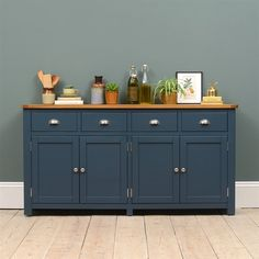 Westcote Blue Extra Large Sideboard - The Cotswold Company Kitchen Sideboard, Console Table Decorating, Painting Wooden Furniture, Dining Room Sideboard, Furniture Makeover, Sideboard Decor Dining Room, Inside Decor, Cupboard Makeover, Kid Room Decor