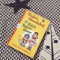 """Heute am Blog: Eine tolles Buch füt Geschwister! """"Fräulein Schmalzbrot und Billie Ballonfahrer"""" vom @knesebeck_verlag!  Hüpft rüber und schmökert rein! Link in Bio!  #kinderbuch #knesebeckverlag #geschwister #bücherliebe #mumof2 #mumoftwo #yourdailytreat #bloggermom #blogger_at #blogger_de #lebenmitkindern #mamablogger #mamablogger_at #momblog #mamablog #austria #instamom #igersaustria #igerslinz #austrianblogger #dailylovedose #instalike #kinder #kids"""