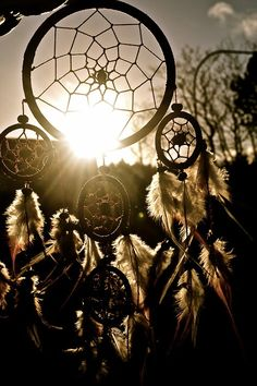Country Sweet 16, Dreamcatcher Wallpaper, Dream Catcher Art, Dream Baby, Summer Photography, Black And White Portraits, Decoration Table, Wallpaper Backgrounds, Amazing Backgrounds