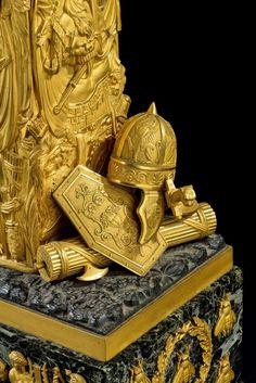 date unspecified Exceptionnelle pendule de salon d'époque Empire figurant ''César triomphant'', attribuée à Feuchère, h. 80 cm  Est: CHF40,000 - CHF60,000 Sold: CHF240,000