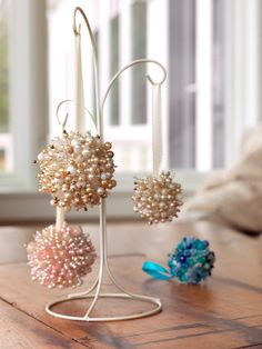 Give friends and family a gift they can use year after year when you learn how to turn old costume jewelry into holiday decorations.