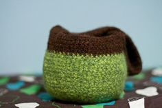 round felted mini tote