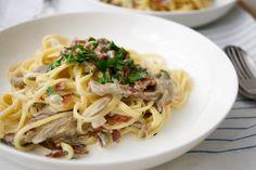 Linguine mit Austernpilzen, Parmaschinken und frischem Salbei