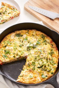 The Easiest Cheese and Vegetable Frittata — Quick and Easy Weeknight Dinners (this is how Tia Berta made her tortilla de chauchas y papas) Low Carb Recipes, Cooking Recipes, Healthy Recipes, Celiac Recipes, Cooking Videos, Free Recipes, Breakfast For Dinner, Breakfast Recipes, Dinner Recipes