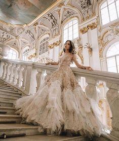61 Fur, Feather and Ruffles. 61 Fur, Feather and Ruffles. – bestlooks 61 Fur, Feather and Ruffles. 61 Fur, Feather and Ruffles. Pretty Dresses, Beautiful Dresses, Fairytale Dress, Fantasy Dress, Dream Fantasy, Prom Dresses, Formal Dresses, Bridesmaid Dress, Dream Dress