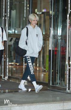 Fashion Idol, Reasons To Live, Na Jaemin, Starship Entertainment, Kpop Boy, Pose Reference, Boyfriend Material, Korean Singer, My Boyfriend