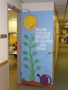 Teacher appreciation Door decorating ideas - learn and grow Teacher Door Decorations, Class Decoration, School Decorations, Teacher Appreciation Week, Teacher Gifts, Teacher Presents, Appreciation Quotes, Teacher Stuff, Welcome Students
