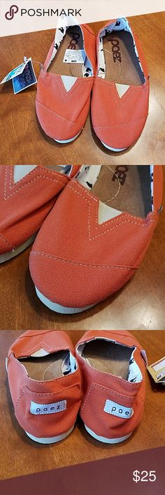 Paez shoes from Argentina nwt These are brand new authentic paez shoes from Argentina. Canvas upper with leather inner soul and rubber outer sole. Brand new with tags. paez Shoes Flats & Loafers