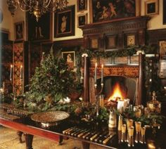 I imagine this is what Downton Abbey's Christmas looks like!