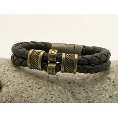 #leatherbracelets eliziatelye.artfire.com