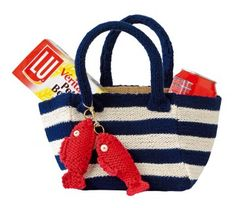 Un sac de plage aux rayures marines // beach bag with navy stripes
