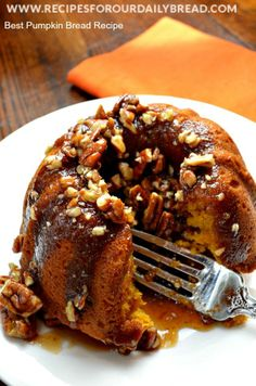 Pumpkin Bread with Praline Sauce Recipe - This recipe is full of fall spices and so moist and delicious. http://recipesforourdailybread.com/2013/11/22/best-pumpkin-bread-fall-spices/
