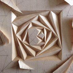 . . . . #chipcarving #woodwork #woodworking #woodcarving #резьбаподереву #геометрическаярезьба