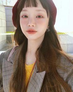 Beauty Makeup, Hair Makeup, Hair Beauty, Aesthetic People, Pretty Asian, Asian Hair, Girls Selfies, Aesthetic Makeup, Pretty Eyes