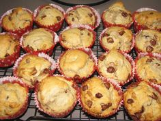 Simple Banana and Chocolate Chip Muffins Recipe