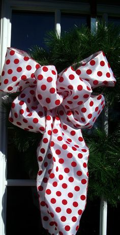 Christmas bow in white with red polka dots. Wired by LisasLaurels, $12.00