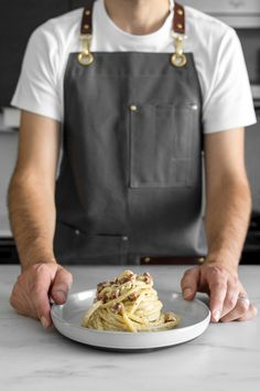 Spaghetti alla Carbonara Recipe - With just a few quality ingredients, our Classic Creamy Carbonara is simple, elegant and guaranteed to make your eyes roll back in pure bliss with every bite. Real Food Recipes, Cooking Recipes, Pasta Recipes, Creamy Spaghetti, Pancetta Pasta, Date Night Recipes, Cheese Stuffed Peppers, Pasta Dinners, Brunch Dishes