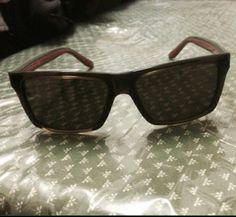 occhiali Gucci Wayfarer, Ray Bans, Gucci, Sunglasses, Style, Fashion, Swag, Moda, Stylus
