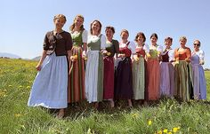 A dirndl [ˈdɪʁndl̩] is a type of traditional dress worn in Germany – especially Bavaria – Liechtenstein, Austria, and South Tyrol, based on the historical costume of Alpine peasants. Dresses that are loosely based on the dirndl are known as Landhausmode. Corsage, Drindl Dress, Folk Costume, Historical Costume, Modest Dresses, Bridesmaid Dresses, Wedding Dresses, Traditional Dresses, Dress Patterns