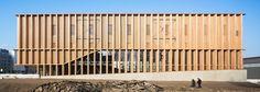 Vertikal rhythmisiert: Sporthalle von Atelier Zündel Cristea