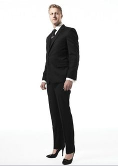 Can a man wear high heels and get away with it while wearing a suit or tux? Tights And Heels, Men In Heels, Platform High Heels, Black High Heels, Sexy Gay Men, Androgynous Fashion, Androgyny, Man Dressing Style, Mens Tights