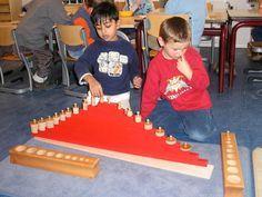 rode stokken en cilinderblokken | Montessoriwerkjes | Lisette van Boheemen